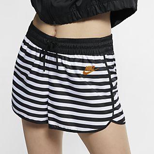 Nike Sportswear Damenshorts aus Webmaterial