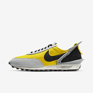 Yellow Shoes. Nike AU