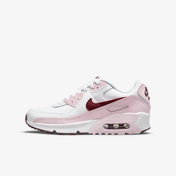 Older Girls Shoes. Nike IE