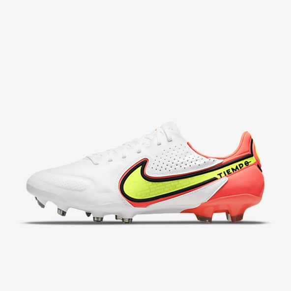 Chaussures de Football Nike Tiempo en Ligne. Nike LU