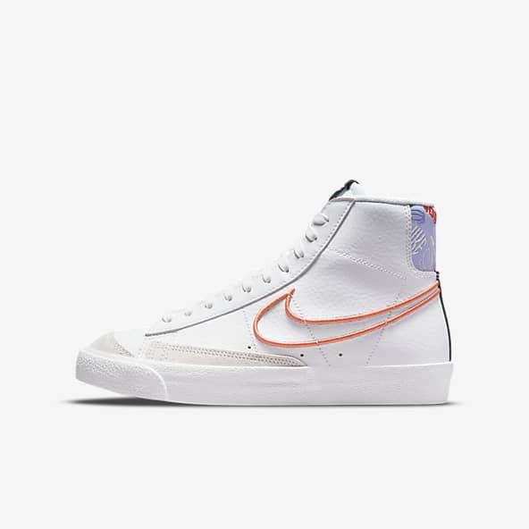 White Blazer Mid Top Shoes. Nike.com