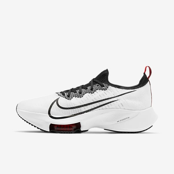 black and white nike running shoes