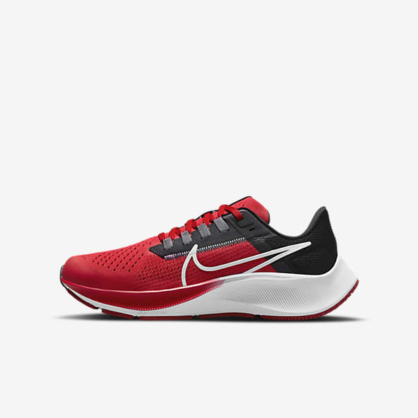 Rouge Chaussures. Nike LU