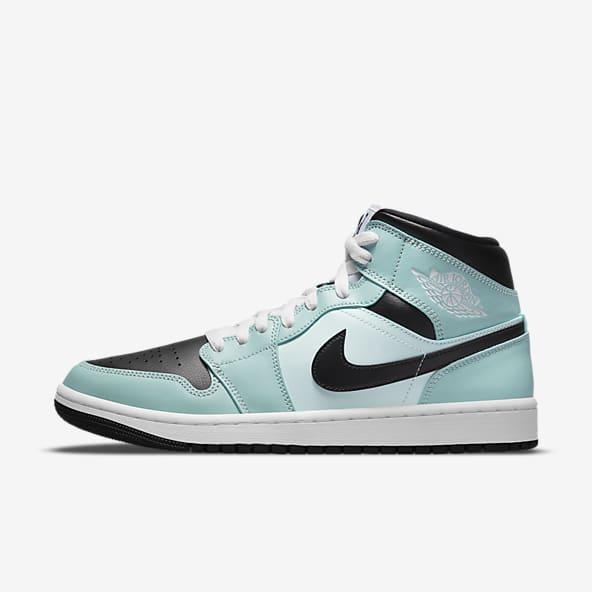 Bleu Nike Air Chaussures. Nike BE