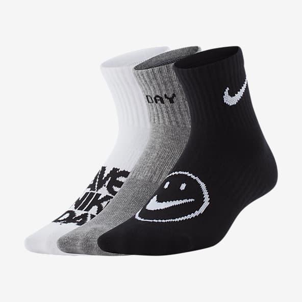 6 Pairs Boys Black /& Multicoloured Ankle Socks