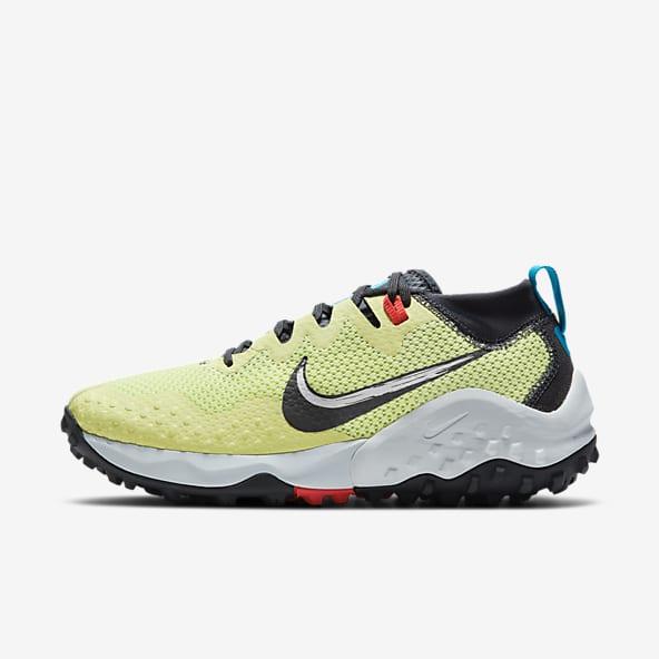Chaussures et Baskets de Trail Running. Nike LU
