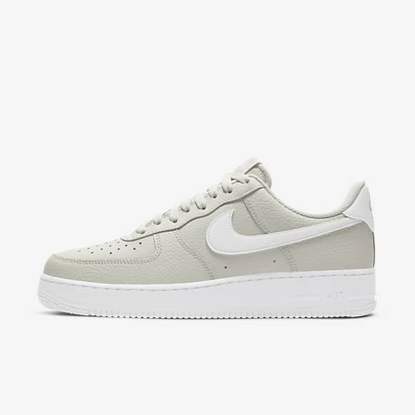 Inmuebles Peligro perecer  Comprar zapatillas blancas para hombre . Nike ES