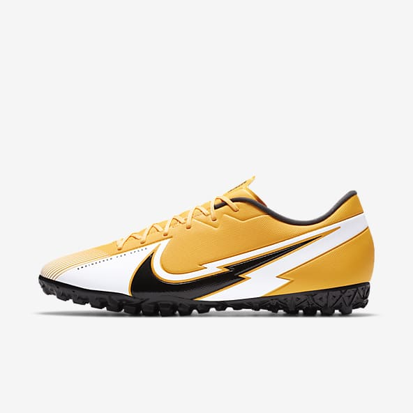 chaussures football hommes nike