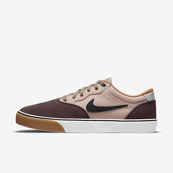 Hommes Skate Chaussures. Nike BE