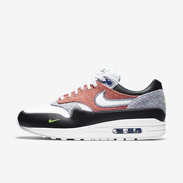 Men's Lifestyle Shoes. Nike SG