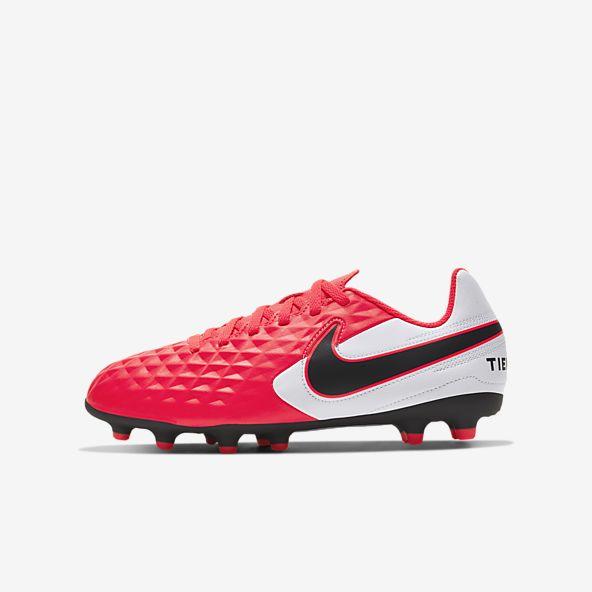 pozo vacunación Nota  Rojo Fútbol Calzado. Nike US