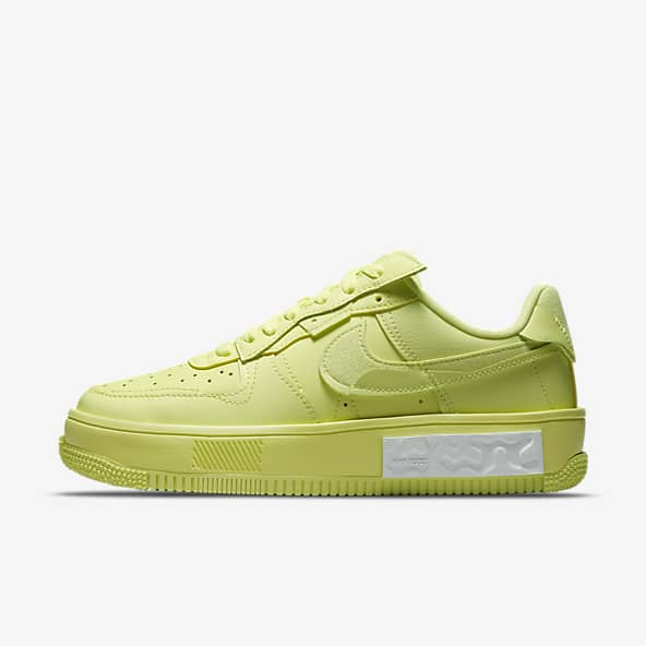Yellow Air Force 1 Shoes. Nike.com