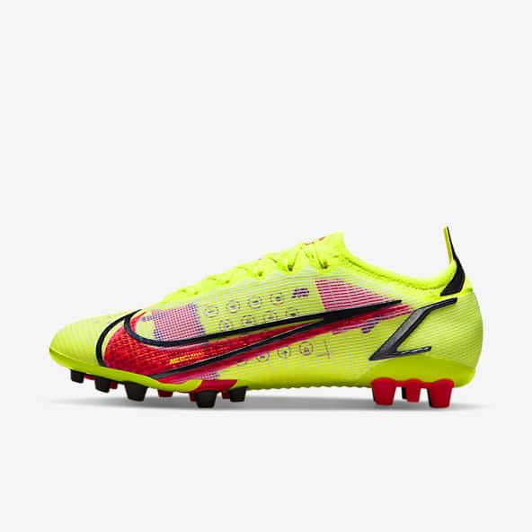 Soccer Shoes. Nike.com