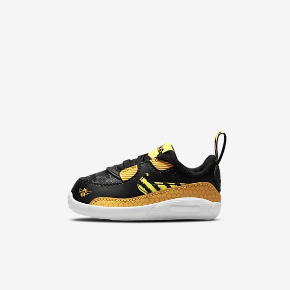 Black Air Max 90 Shoes. Nike.com
