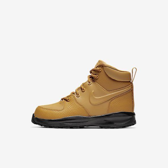 Boots. Nike GB