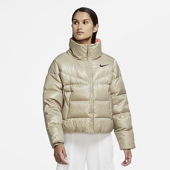 Women's Jackets & Gilets. Nike GB