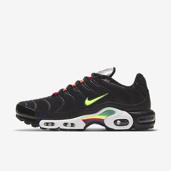 Air Max Plus Shoes. Nike IN