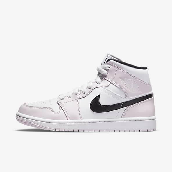 Women's Jordan 1 Shoes. Nike FI