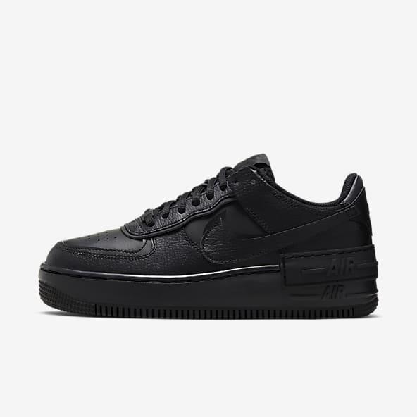 Triple Black Air Force 1 Chaussures. Nike LU