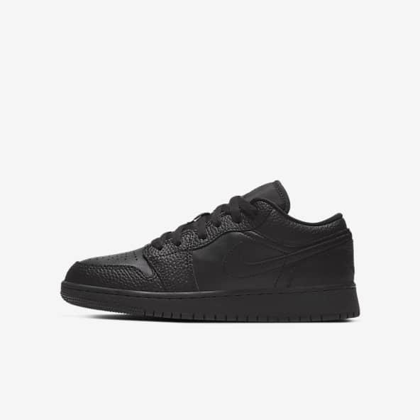 Jordan Noir Chaussures. Nike LU