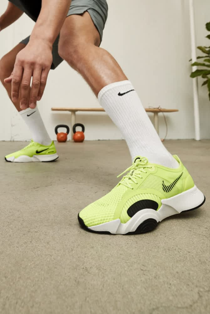 nike workout boots