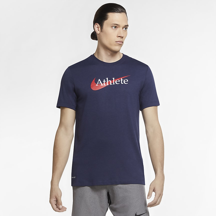 T-shirt da training con Swoosh - Uomo