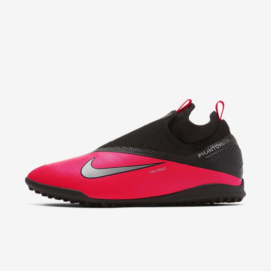 Chaussure de football pour surface synthétique