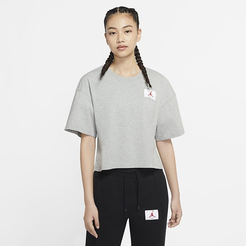 女款短袖寬版 T 恤
