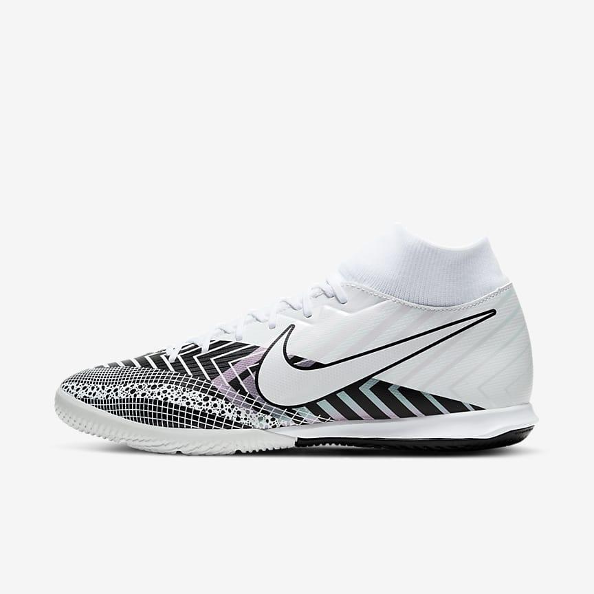 Indoor/Court Soccer Shoe