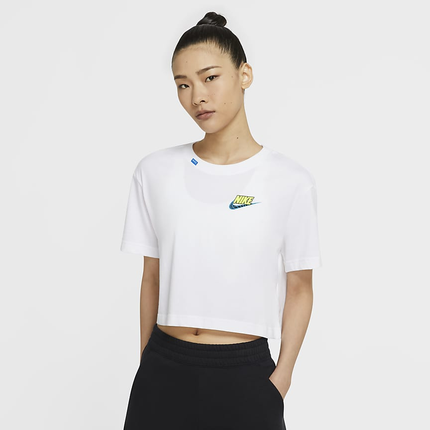 女款短版 T 恤