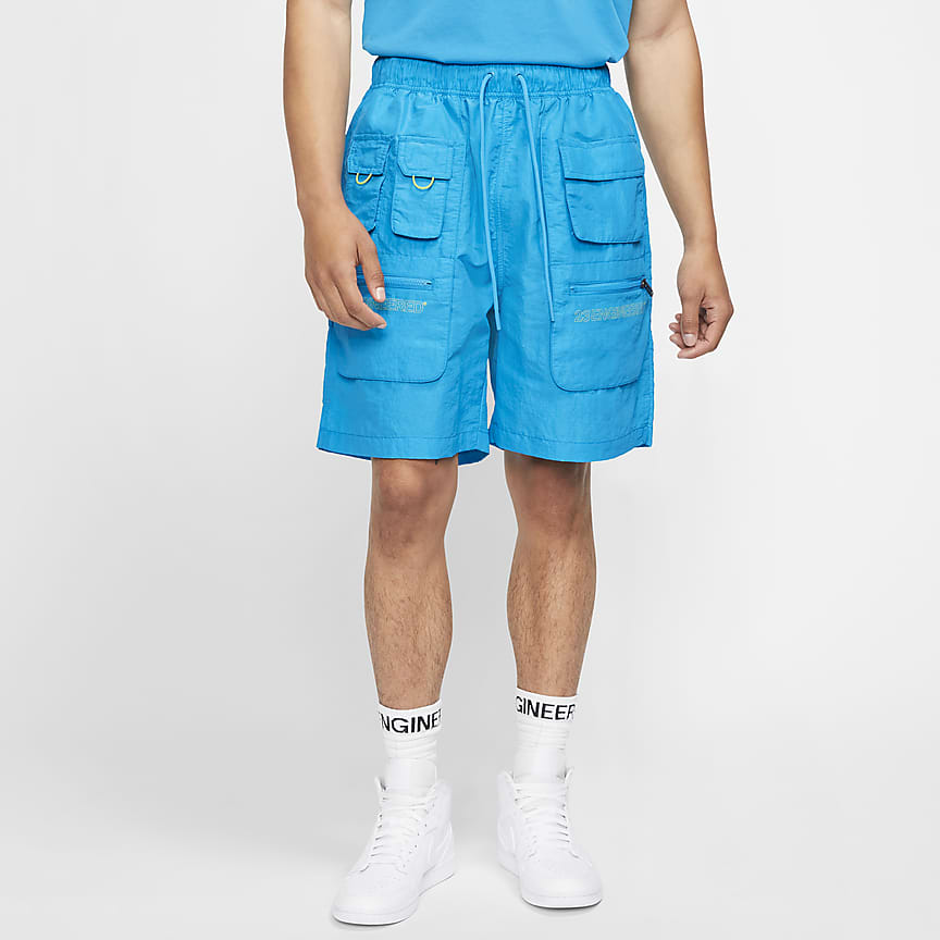 男款多功能短褲