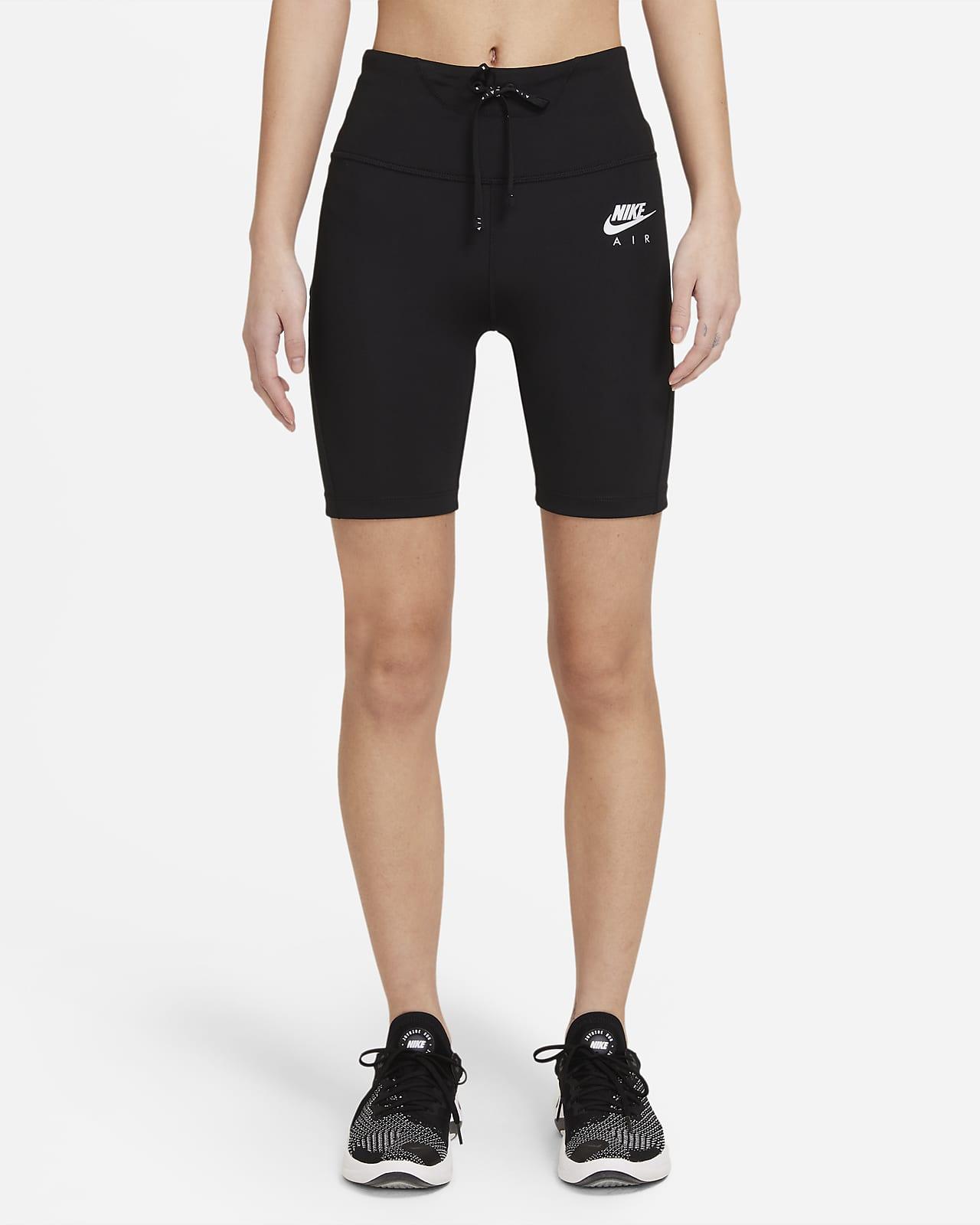 กางเกงวิ่งรัดรูปขาสั้นผู้หญิง Nike Air