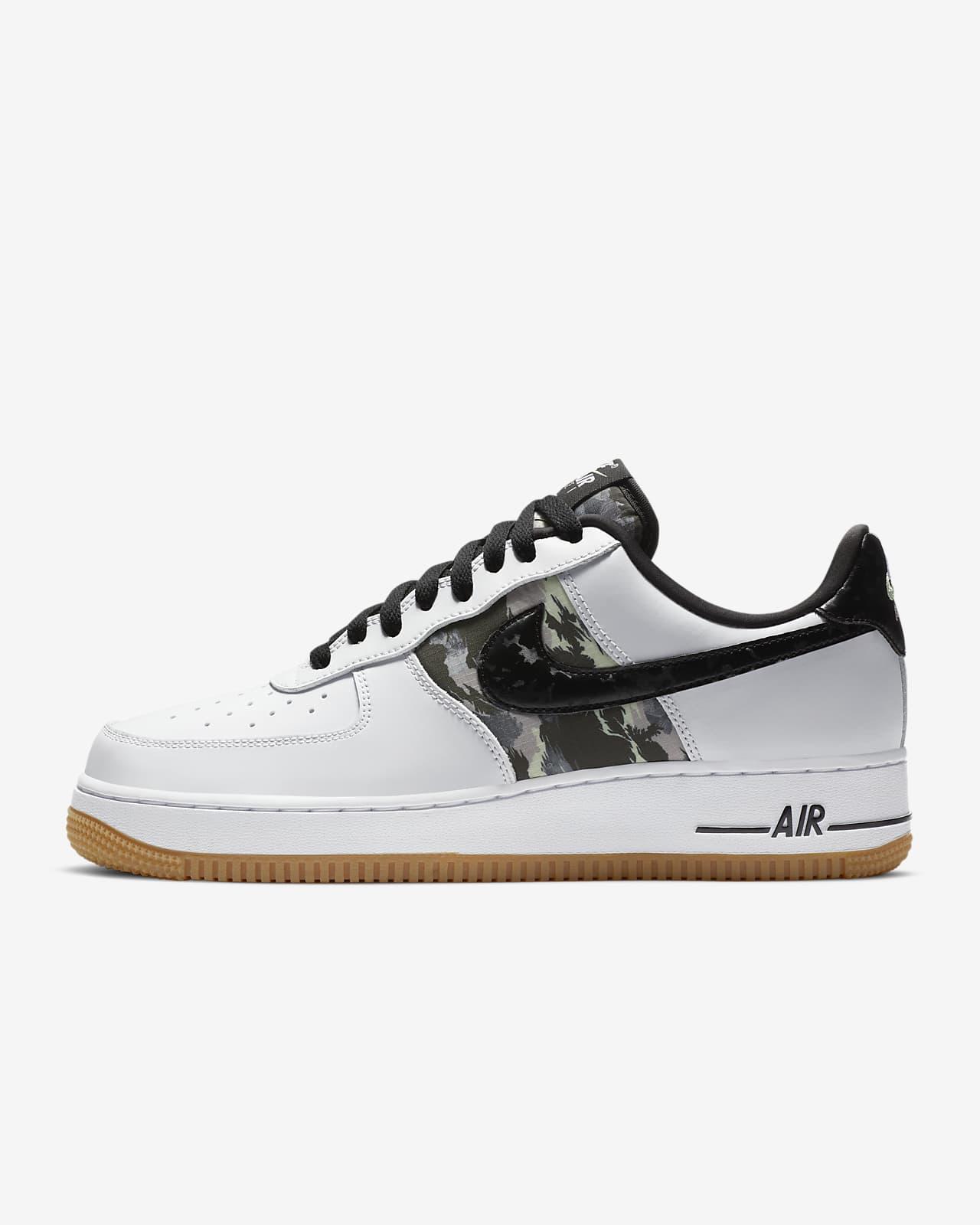Air Force 1 '07 LV8 Men's Shoe. Nike.com