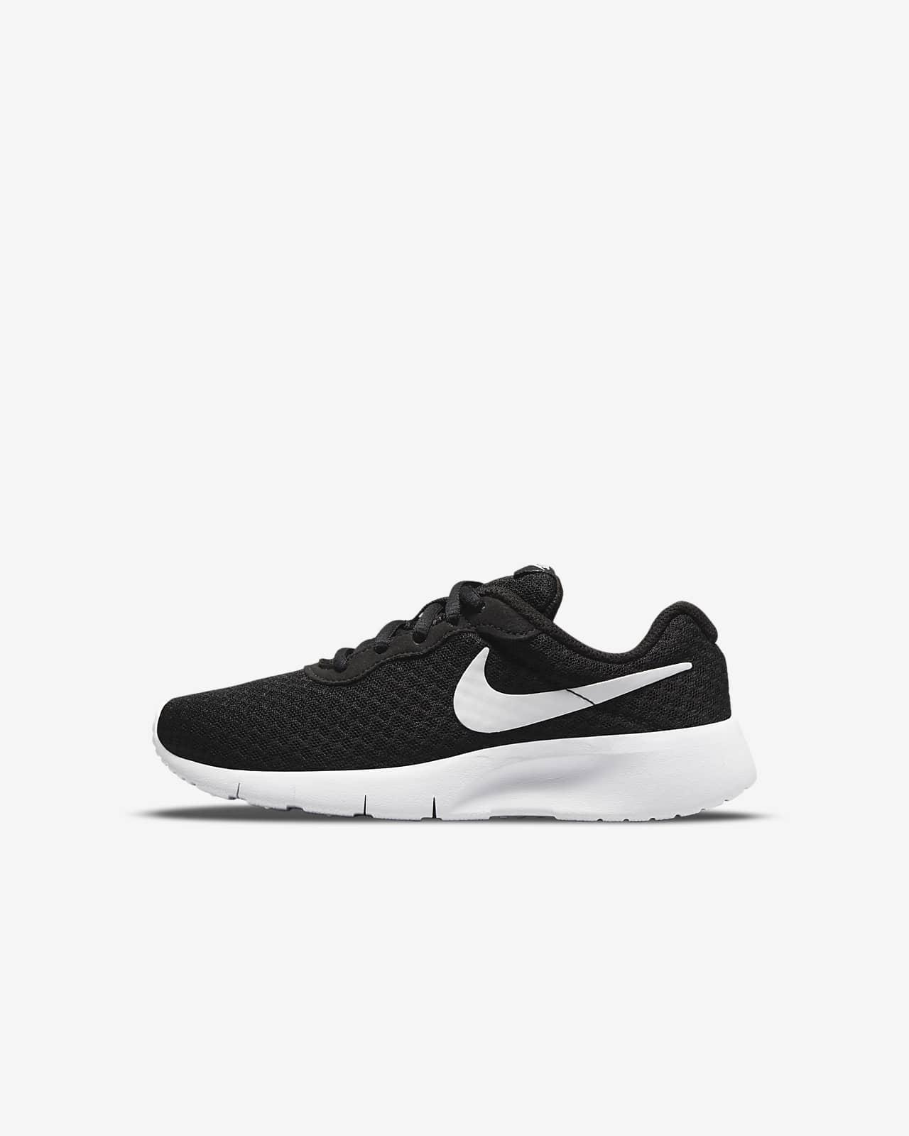 Nike Tanjun Younger Kids' Shoe. Nike GB