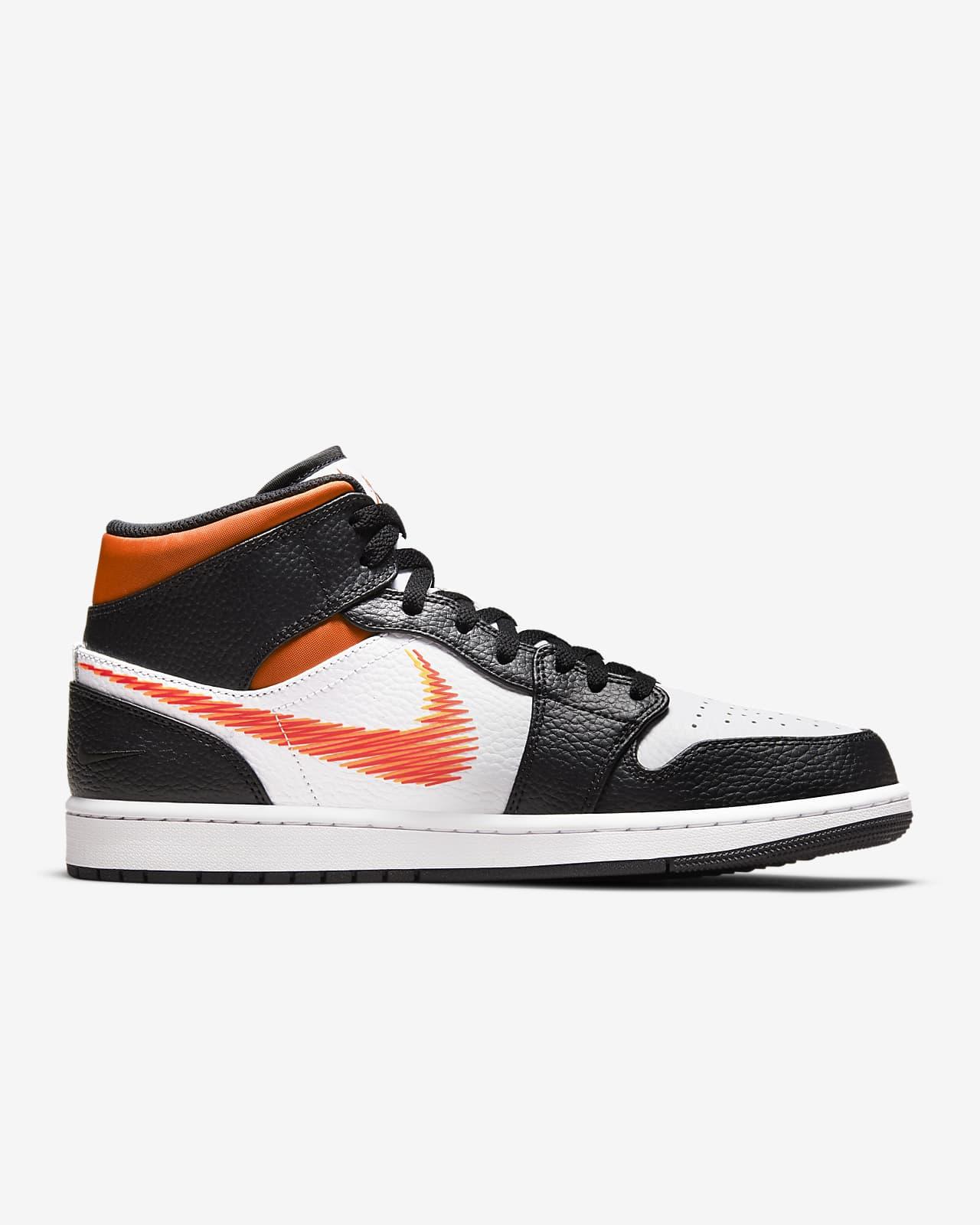 Chaussure Air Jordan 1 Mid pour Homme. Nike LU