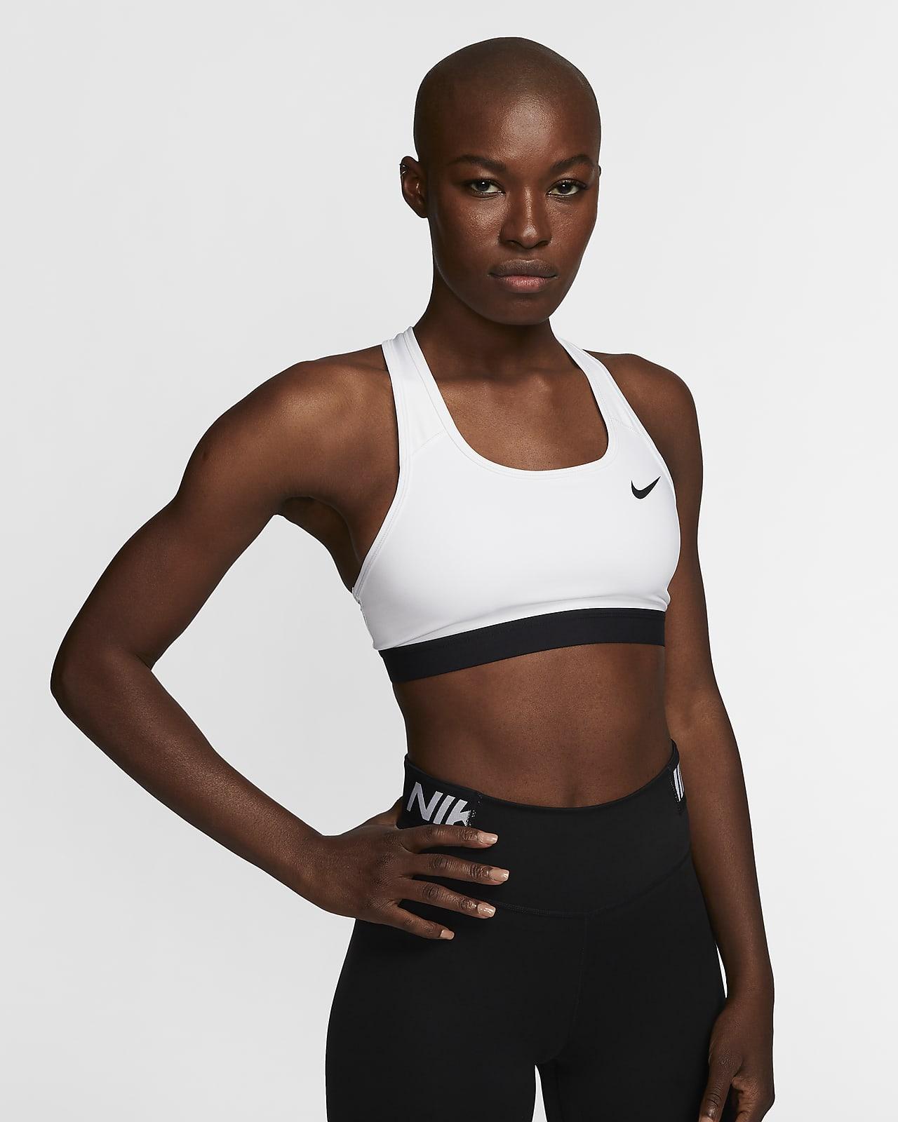Bra deportivo sin almohadilla de media sujeción para mujer Nike Dri-FIT Swoosh