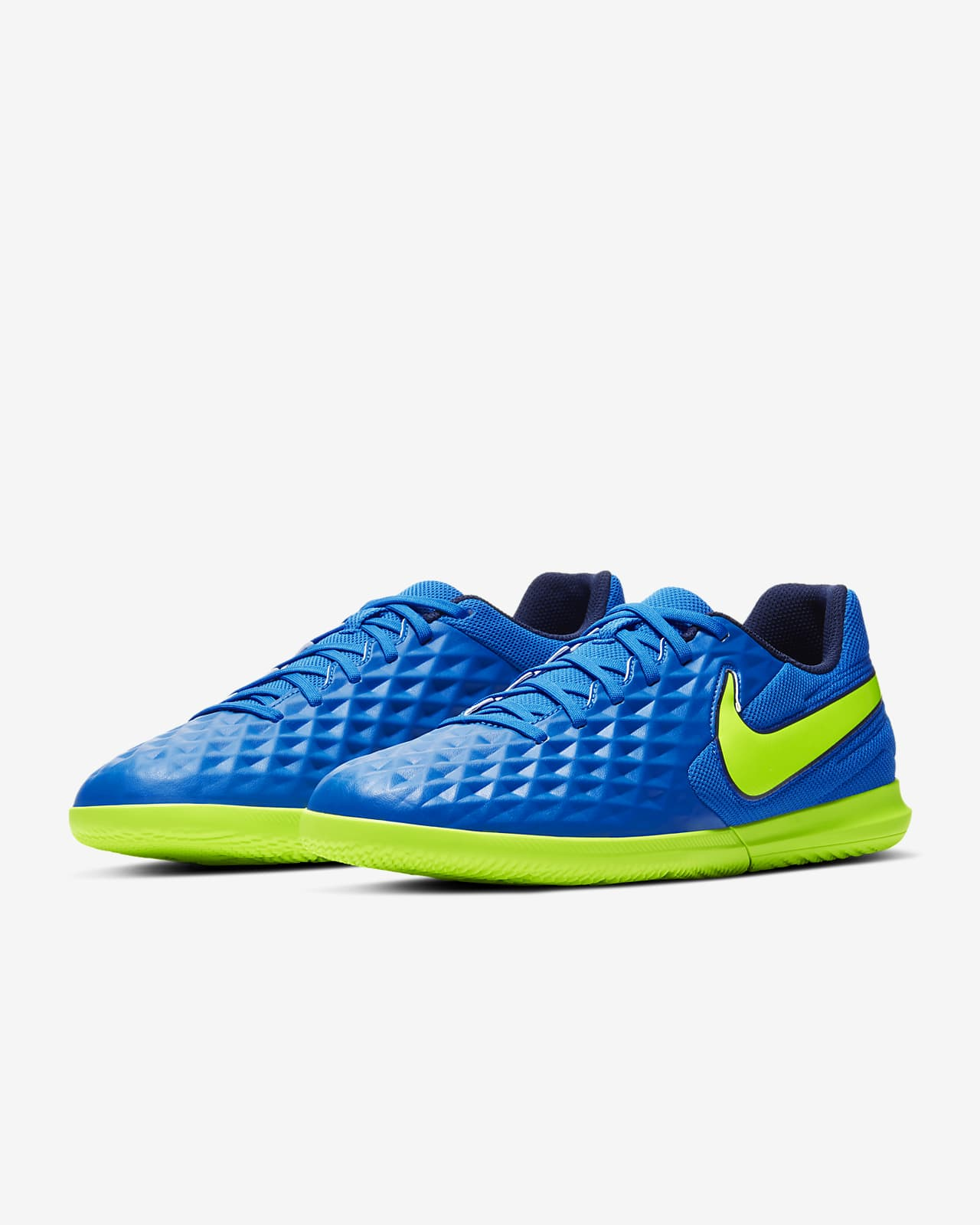 Rareza Escalera Sofocante  Nike Tiempo Legend 8 Club IC Indoor/Court Soccer Shoe. Nike.com