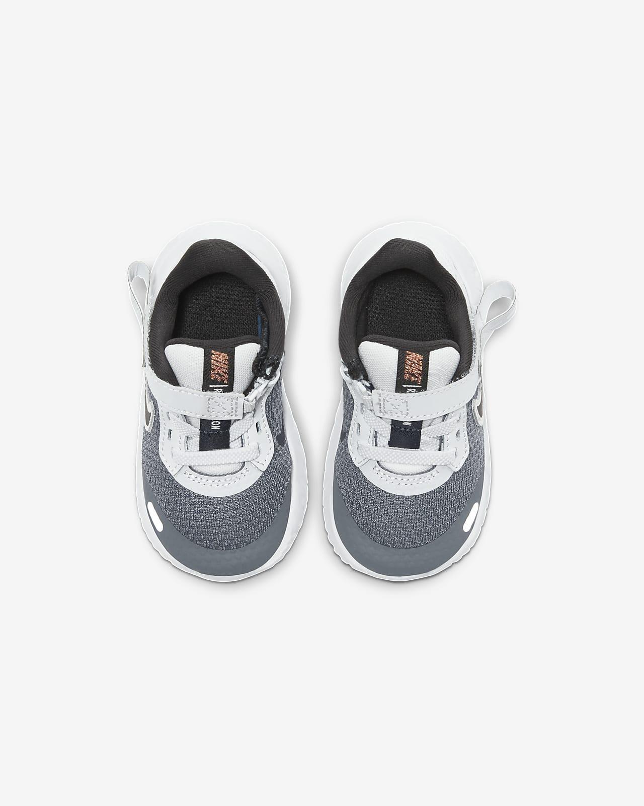 Chaussure Nike Revolution 5 FlyEase pour BébéPetit enfant