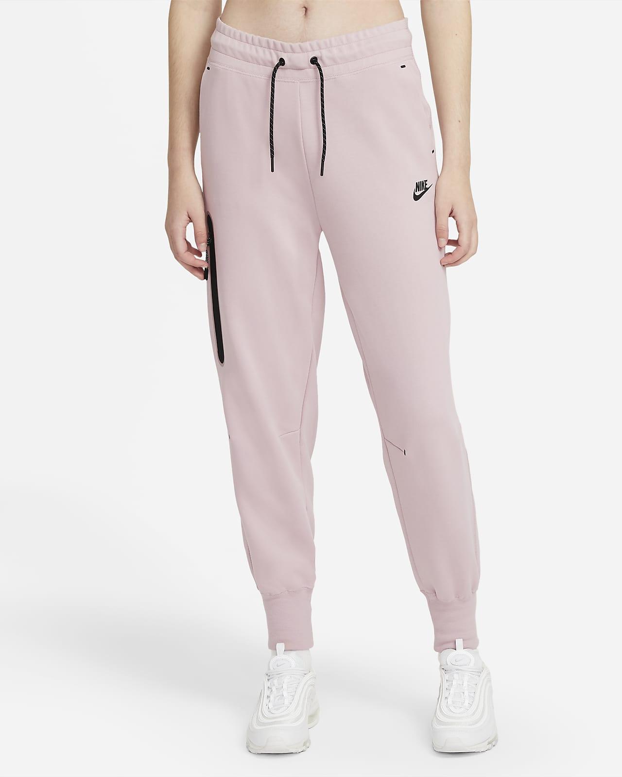 Nike Sportswear Tech Fleece Kadın Eşofman Altı