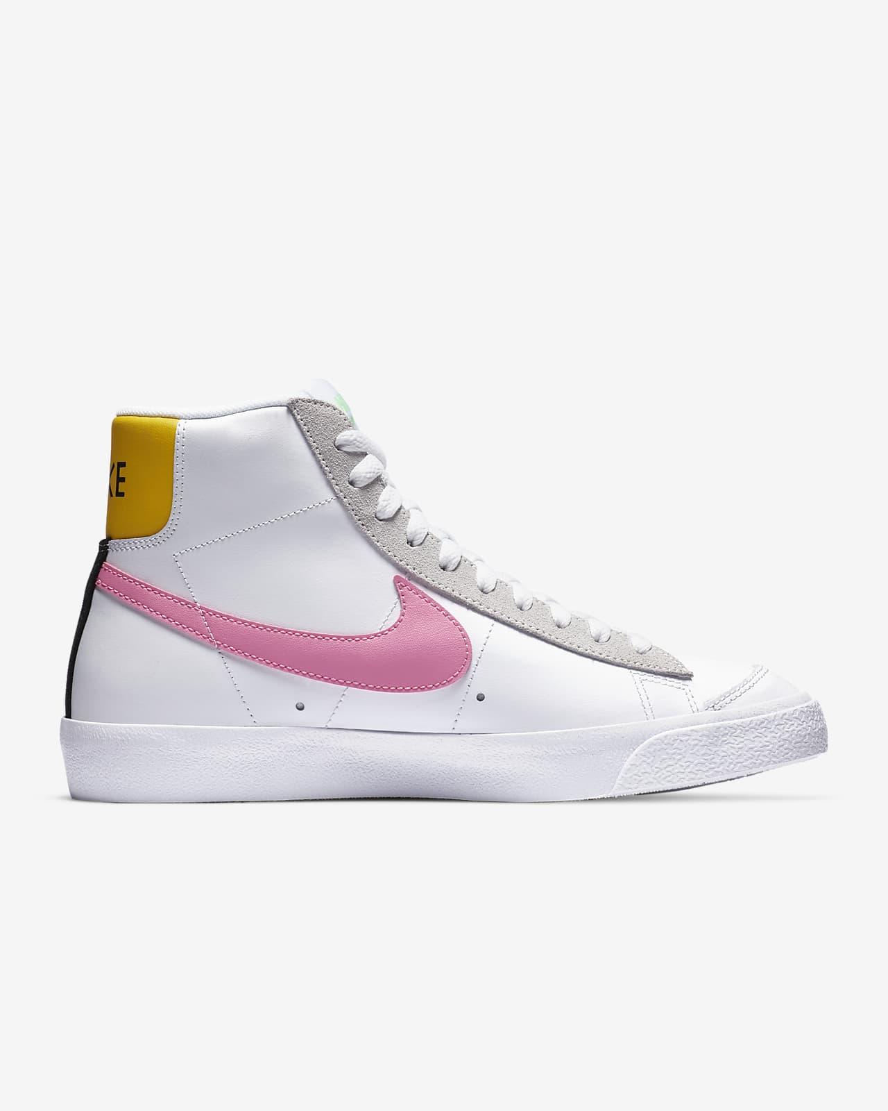 almohada Abolido Mucho bien bueno  Nike Blazer Mid Vintage '77 Women's Shoe. Nike SA