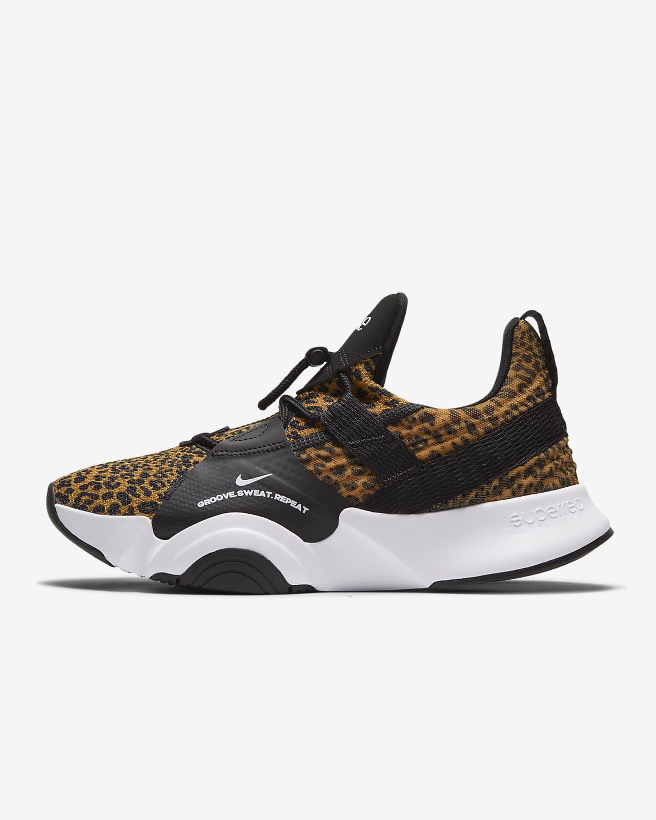 nike women's aerobic shoes