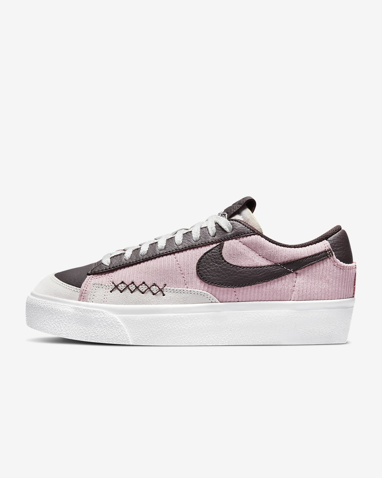 Женские кроссовки Nike Blazer Low Platform