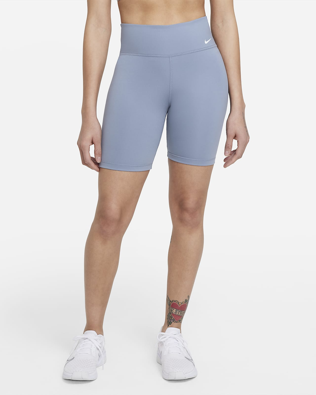 Shorts de ciclismo de 18 cm y tiro medio para mujer Nike One