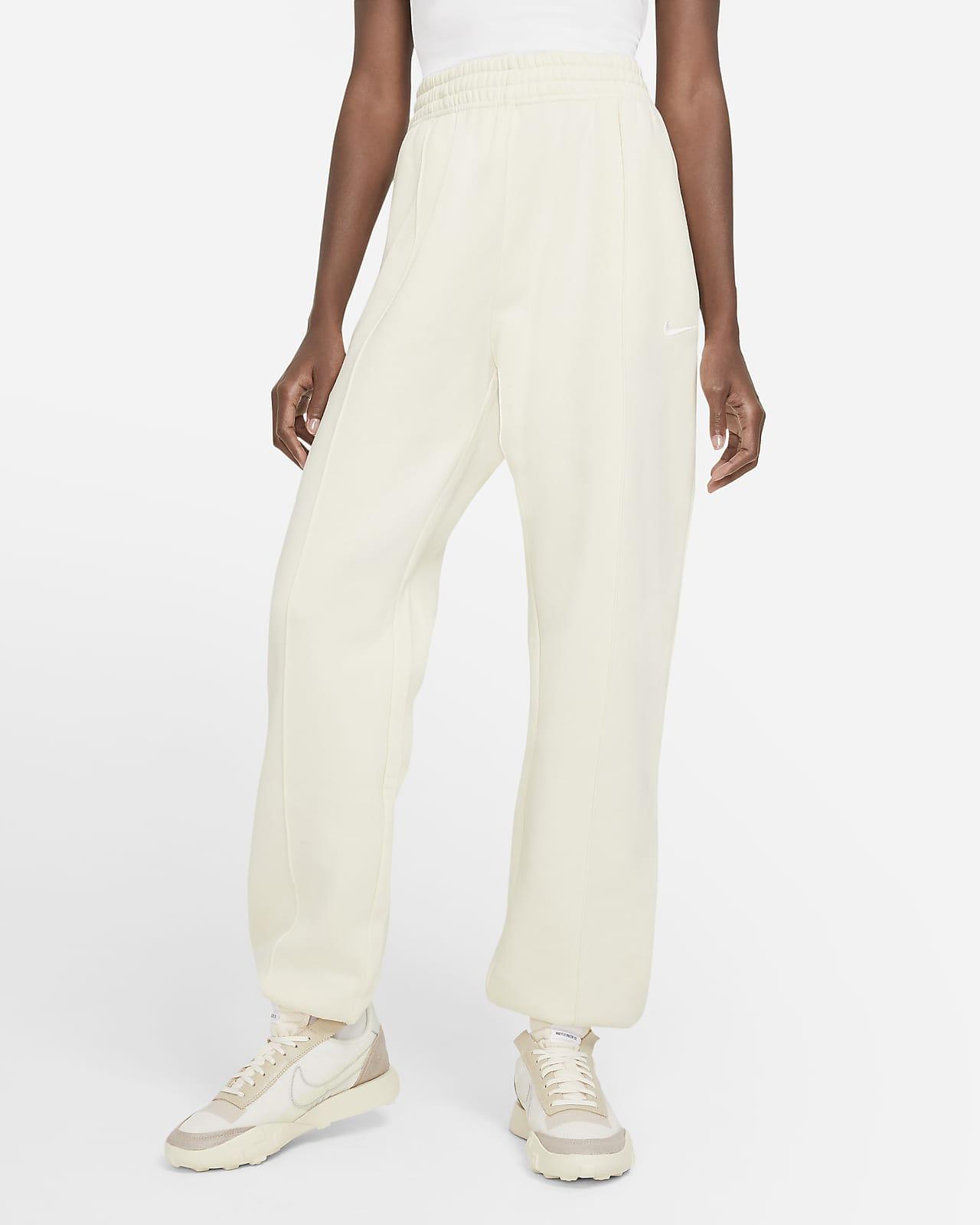 Pantalon en tissu Fleece Nike Sportswear Essential Collection pour Femme