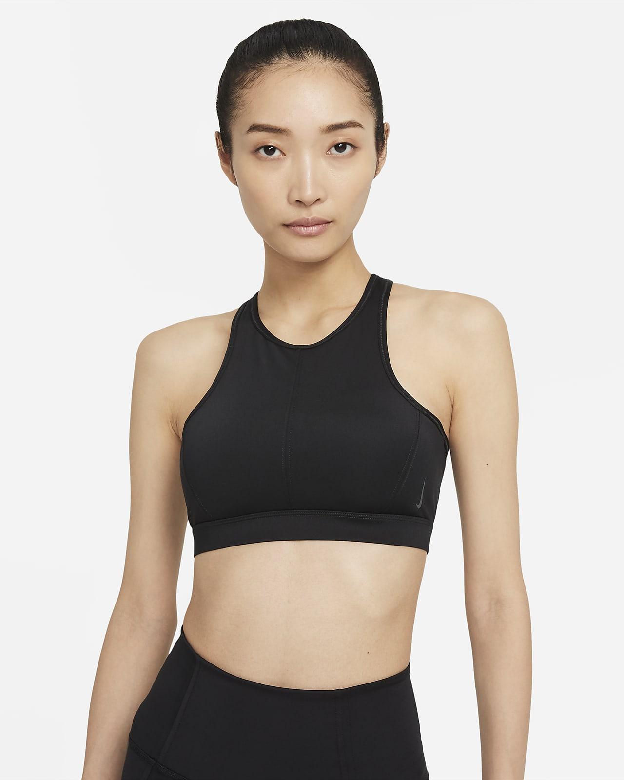 สปอร์ตบราผู้หญิงซัพพอร์ตระดับกลางคอสูงมีแผ่นฟองน้ำ 1 ชิ้น Nike Yoga Dri-FIT Swoosh