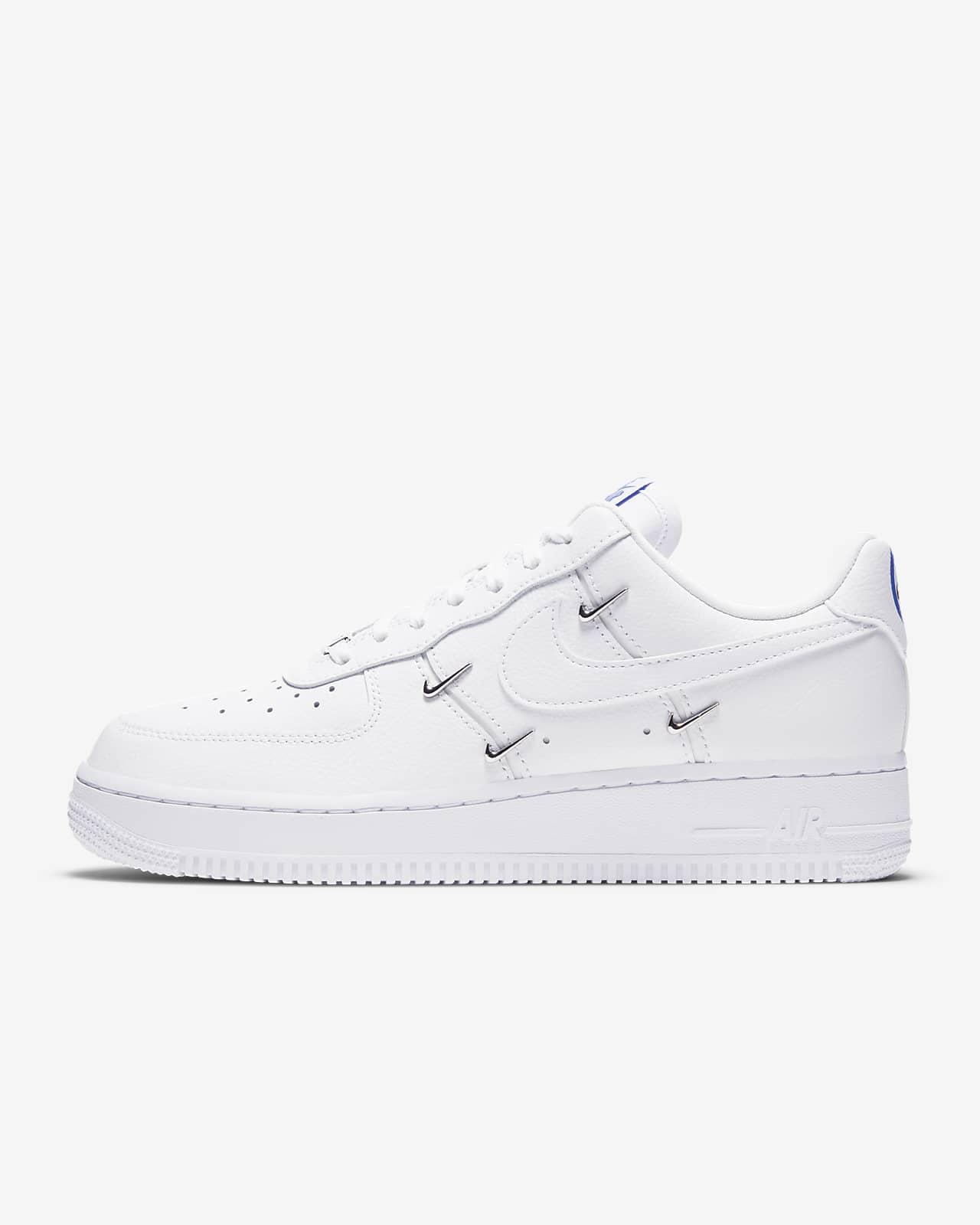 Nike Air Force 1 '07 LX 女子运动鞋