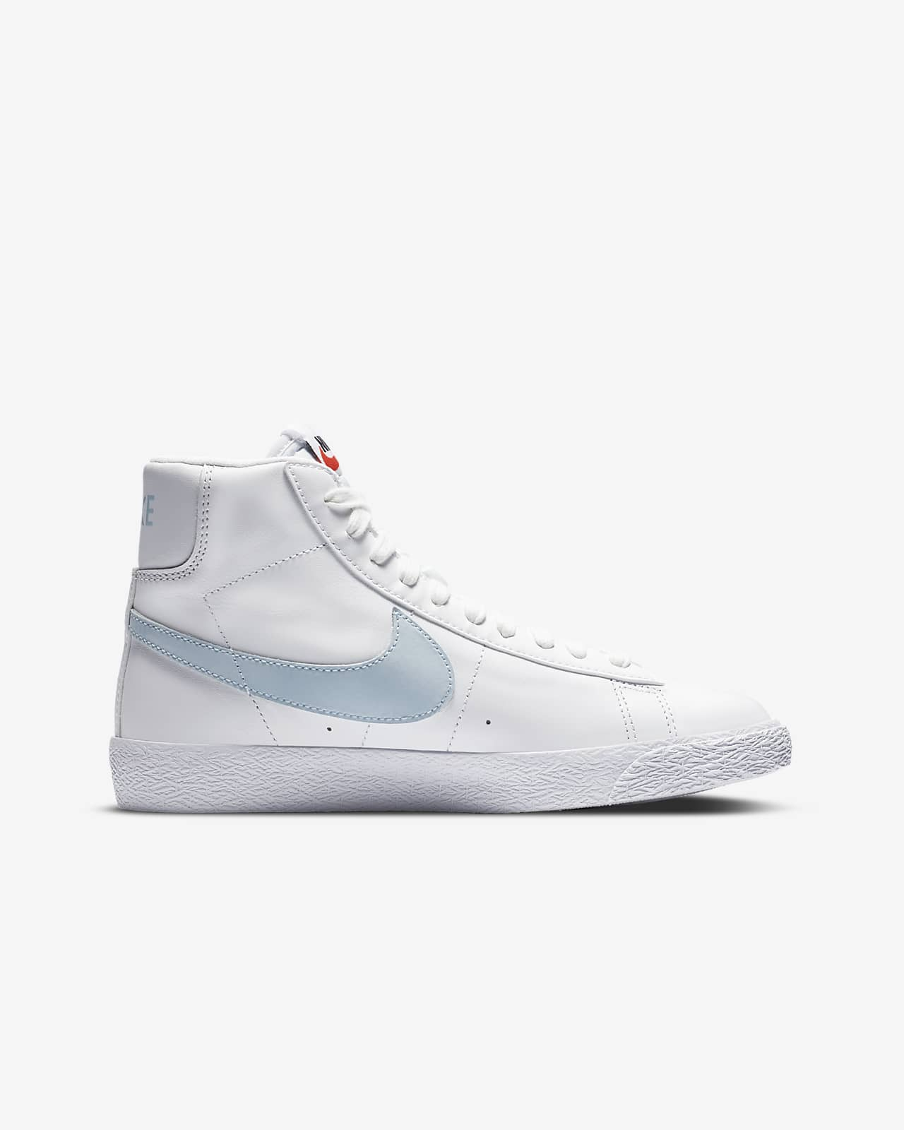 Nike Blazer Mid Older Kids' Shoe. Nike LU