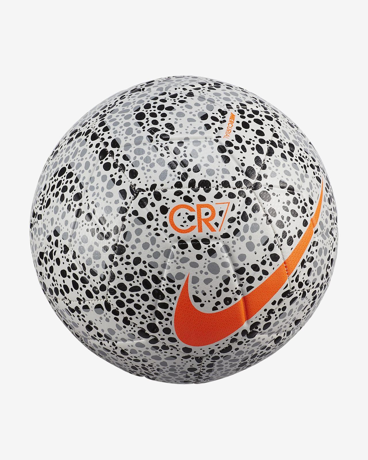 Humedal Oso auxiliar  Balón de fútbol Nike Strike CR7. Nike.com