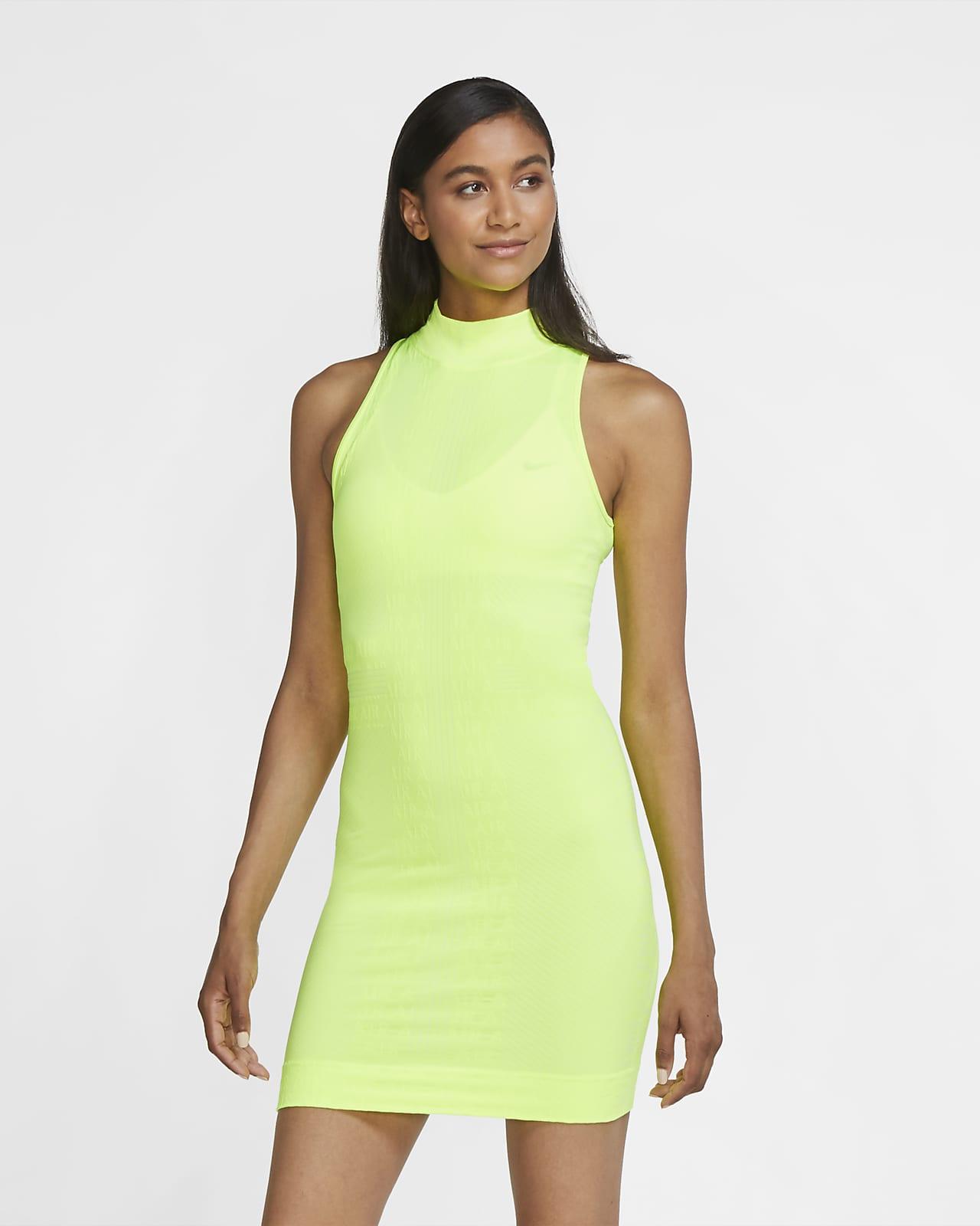 Nike Air-kjole til kvinder