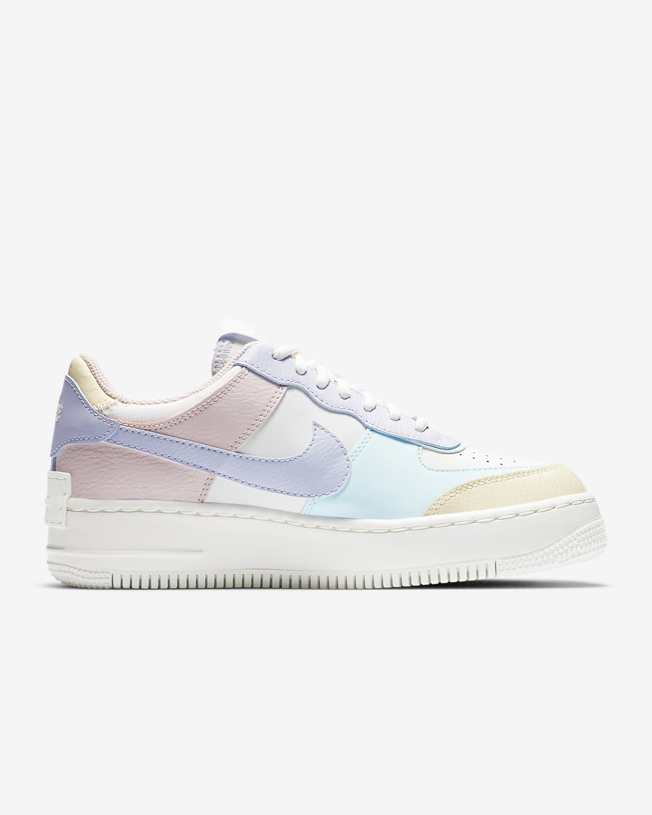 Nike Air Force 1 Shadow Women S Shoe Nike Com Nike gives its iconic white on white air force 1 a reworking, doubling up on key upper panels and sitting it all on a slightly oversized sole unit. nike air force 1 shadow women s shoe